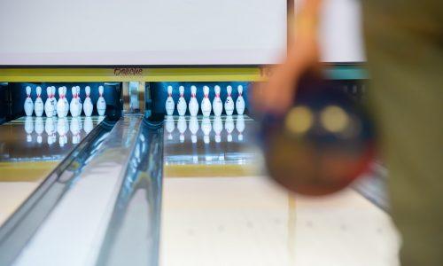 Blick auf Bowlingbahn